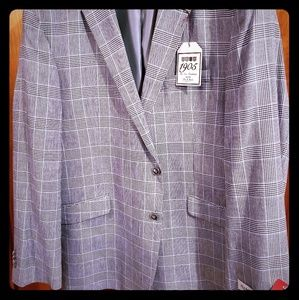 Jos A Banks suit new with tags! 44R